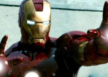 Iron Man eli yapın lazer sıkın