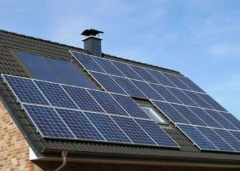 Tesla yenilenebilir enerjili ev pili tanıttı