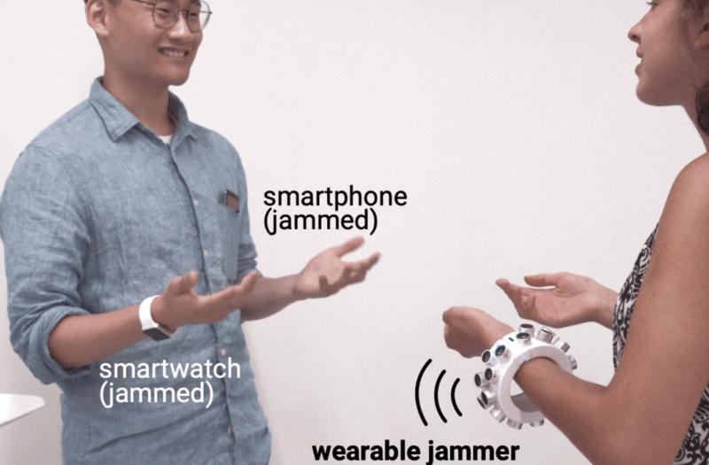 ultrasonik bileklik sinyal karıştırıcı jammer özelliğine sahip