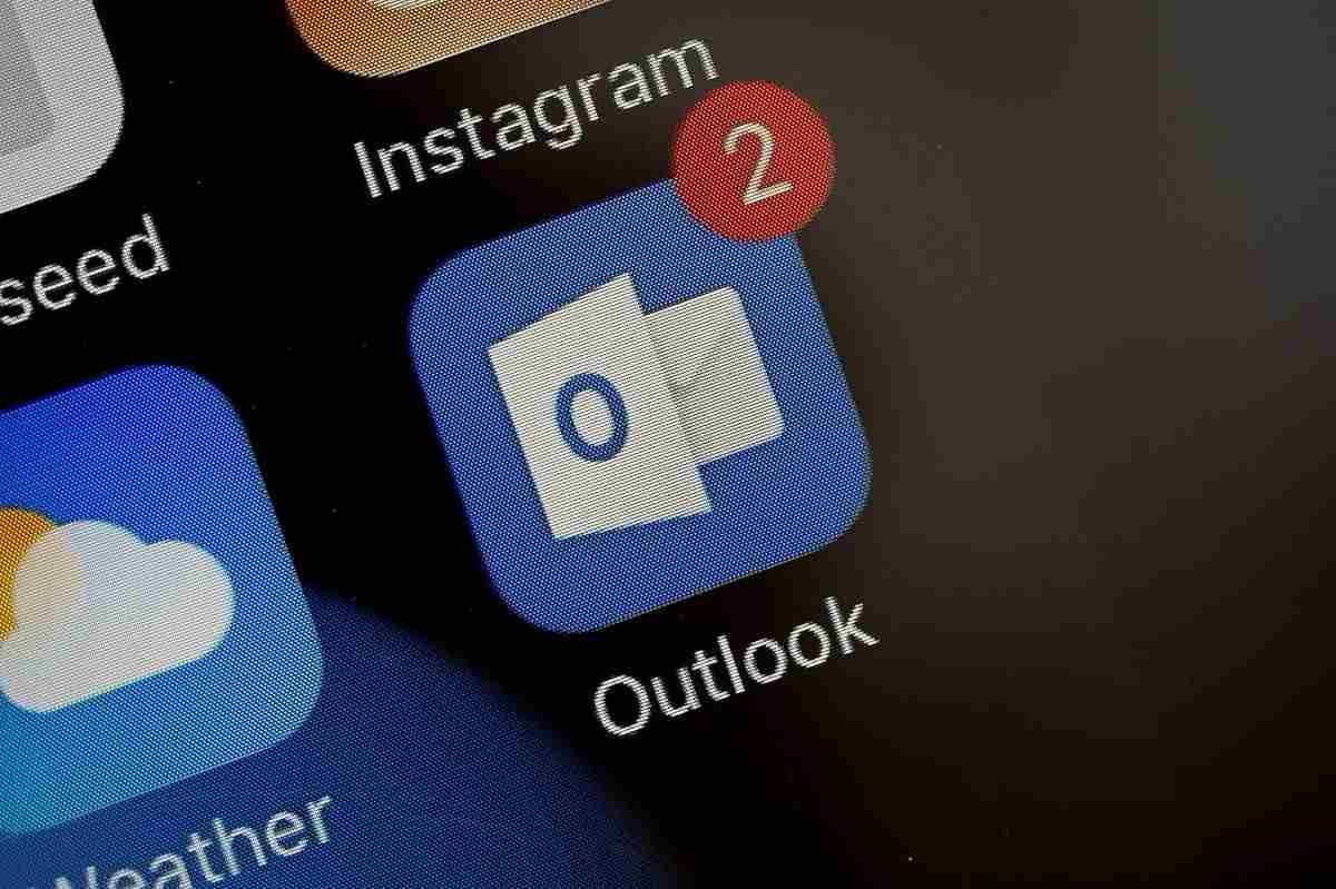 Outlook mail engelleme nasıl yapılır, istenmeyen Outlook mail'leri nasıl engellenir?