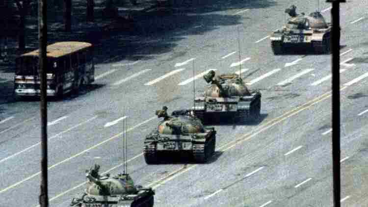 Zoom'dan sansür: Çin hesap kapatma yetkisine sahip olacak