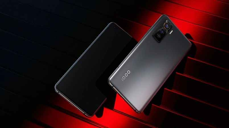 iQOO 5 ve iQOO 5 Pro tanıtıldı: Fiyatı ve özellikleri