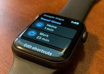 Google Haritalar Apple Watch'a geri döndü
