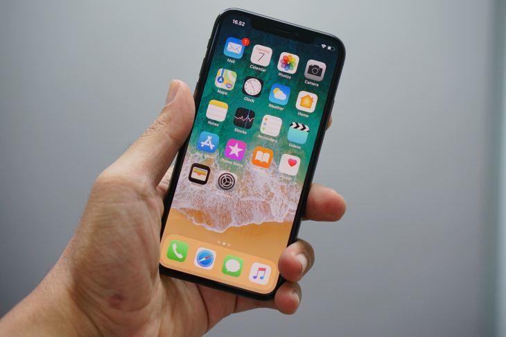 iPhone'da kayıtlı parolaları bulma düzenleme veya silme