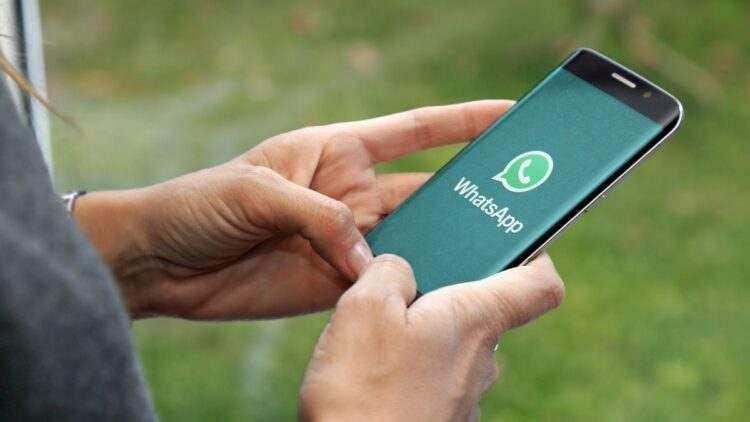 WhatsApp sohbet arka planı nasıl değiştirilir?