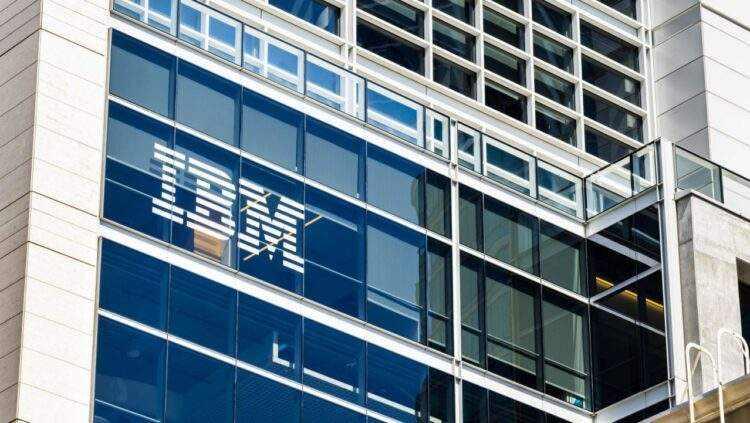 IBM ikiye ayrılıyor: Bulut ve yapay zeka kazandı