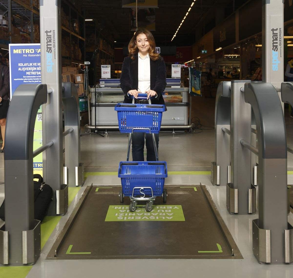 Metro Türkiye'den yepyeni bir dijital alışveriş teknolojisi: Metro Fast