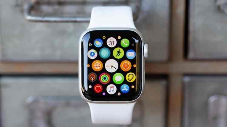 Apple giyilebilir teknoloji pazarındaki yüzde 35'lik büyümeye öncülük etti