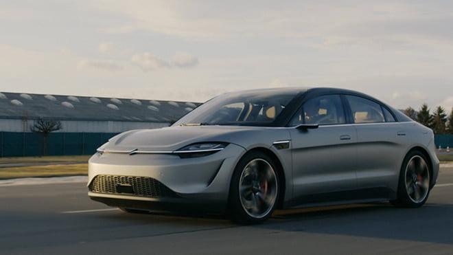 Sony, VISION-S elektrikli otomobilini yol testi videosuyla CES 2021'de tanıttı