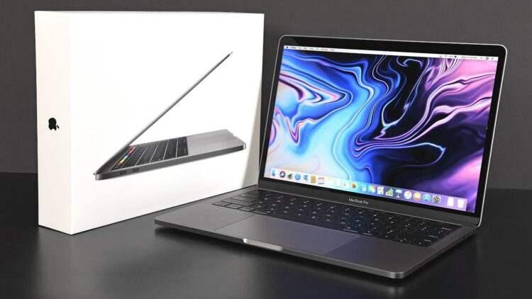 Apple, MacBook'taki SD kart yuvasını geri getirebilir