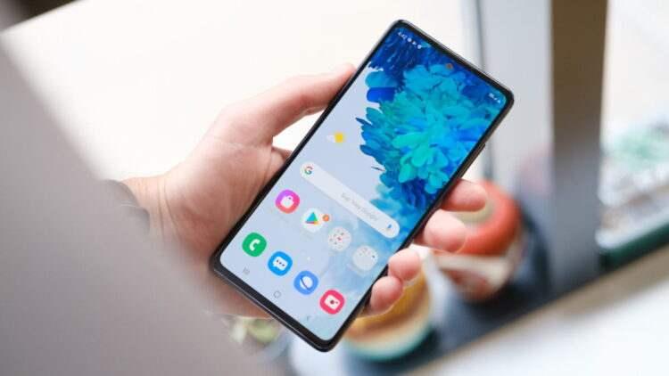 One UI 3.0 ile Samsung telefonda ekranı çift dokunma ile açma kapama