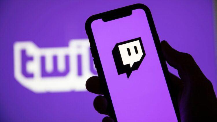 Twitch, ABD Kongre Binası'ndaki olaylardan sonra PogChamp emote'unu kaldırıyor