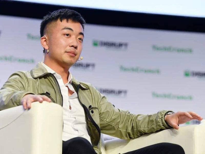 OnePlus kurucu ortağı, Android'in babasının başarısız şirketi Essential'ı satın aldı