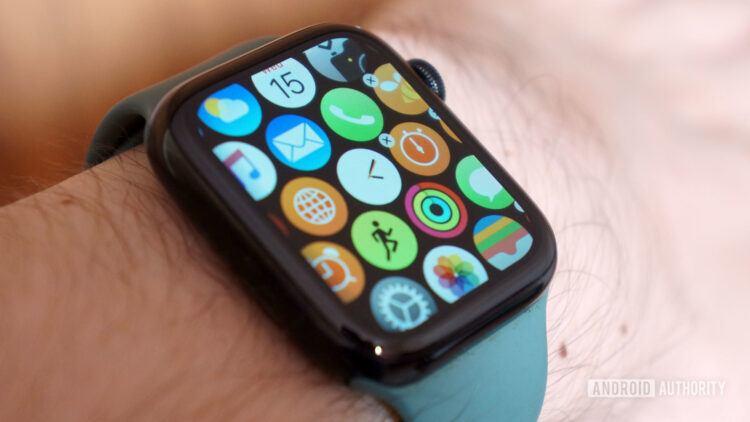 Apple Watch kullananların sayısı 100 milyonu geçti