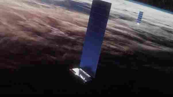 Elon Musk, Starlink uyduları ile telefon hizmeti sunmayı planlıyor
