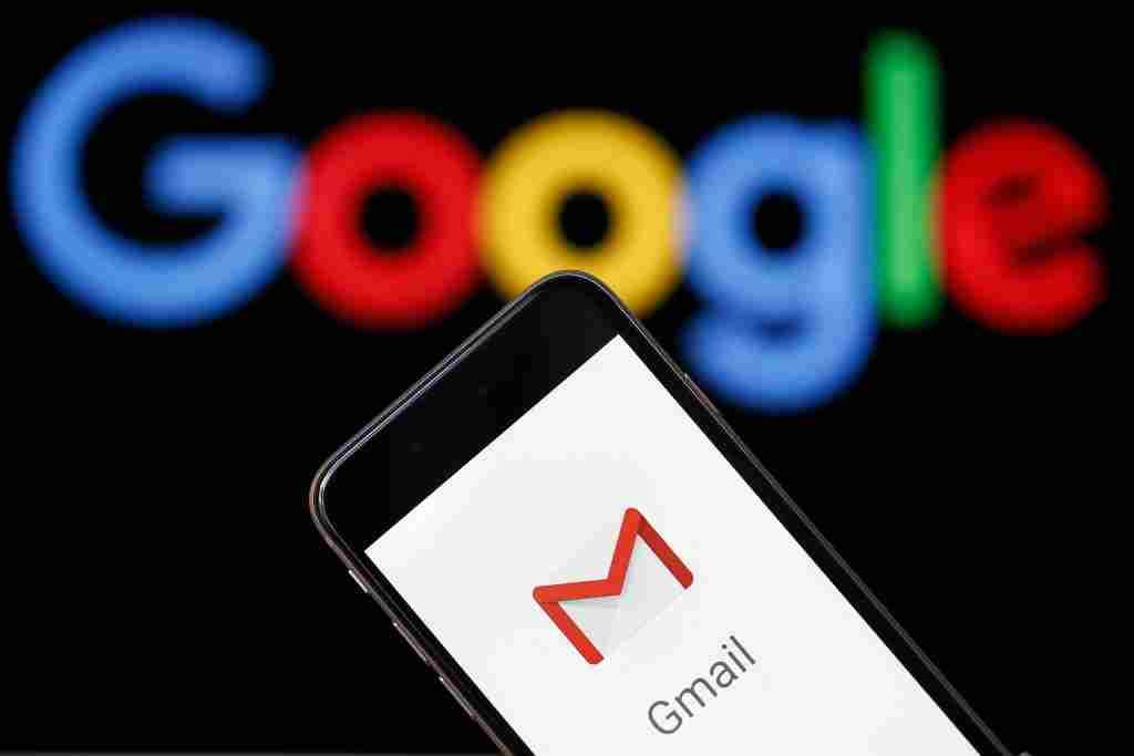Gmail'deki e-postalardan tüm ekler nasıl indirilir?
