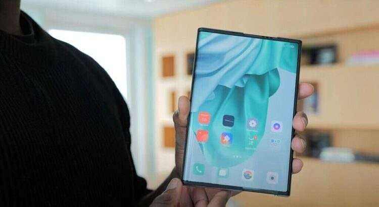 Katlanabilir telefon Oppo X 2021 hakkında yeni detaylar ortaya çıktı