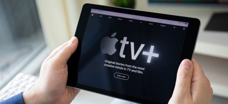 Netflix kurucu ortağı, Apple'ın büyümek için Apple TV +'ya odaklanması gerektiğini söyledi