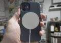 iPhone 12 MagSafe, kalp pili ve diğer tıbbi cihazları devre dışı bırakıyor