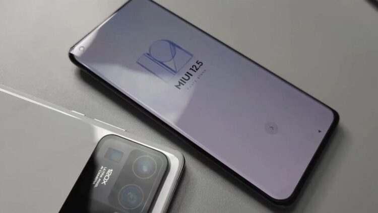 Xiaomi Mi 11 Ultra sızdırıldı, 120x zoom ve çift ekranla gelecek