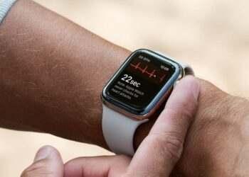 Yeni Apple Watch Series 6 reklamı EKG özelliğine odaklanıyor