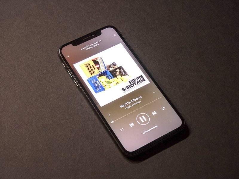 EMarketer: Spotify Apple'ı geçerek podcast lideri olabilir
