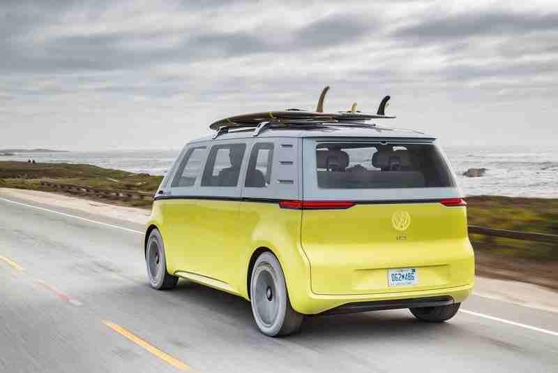 Volkswagen, ID Buzz'ı gerçeğe dönüştürecek, ikonik mikrobüsünün elektrikli versiyonu 2023'te satışa sunulacak