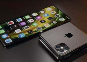 YouTuber'dan AMOLED ekranlı katlanabilir bir iPhone modelini gösteren konsept