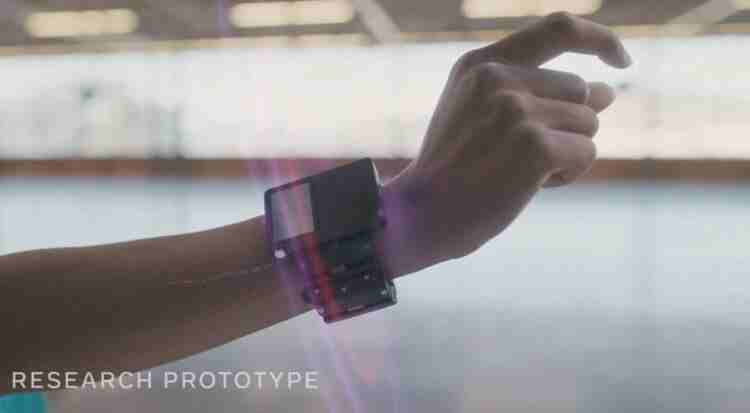 Facebook sinir sinyallerini dijital komutlara çeviren bir bileklik prototipi yayınladı
