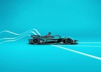 Micro Focus Jaguar Racing'in resmi teknik iş ortağı oldu