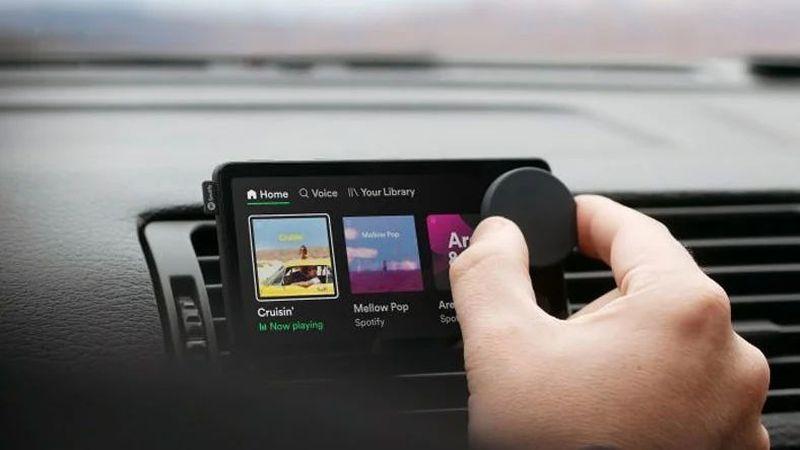 Spotify, bazı Premium kullanıcılarla sınırlı olan yeni bir Car Thing sürümü başlattı