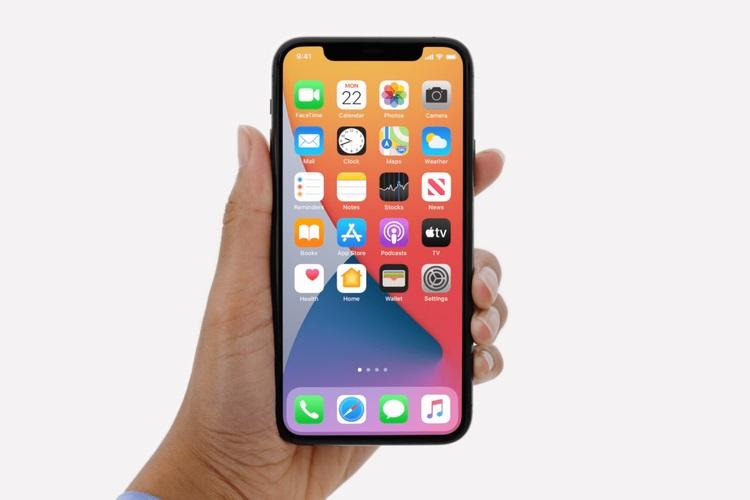 Phone 12 Launcher kullanarak herhangi bir Android akıllı telefonu iPhone'a nasıl dönüştürebilirim?