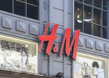 H&M ilk kıyafet kiralama hizmetini başlatıyor
