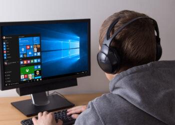 Microsoft, oyunlarda takılmaya neden olan bir Windows 10 hatasını düzeltti