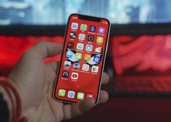 iPhone'un çentik tasarımı en az 2 yıl değişmeyecek