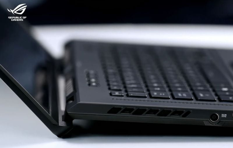 ASUS ROG Zephyrus S17 ve M16: 11. Nesil Intel Core H CPU'lar ve GeForce RTX 3080 GPU'lara sahip iki acımasız ekstrem oyun dizüstü bilgisayarı
