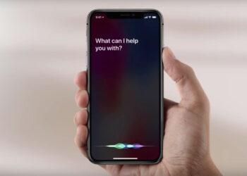 iPhone'da Siri sesi ve asistan dilini değiştirme
