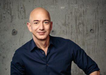 Jeff Bezos, 5 Temmuz'da Amazon CEO'luğu görevinden ayrılacak