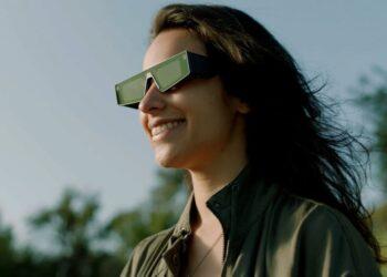 Snapchat ilk AR gözlüklerini tanıttı