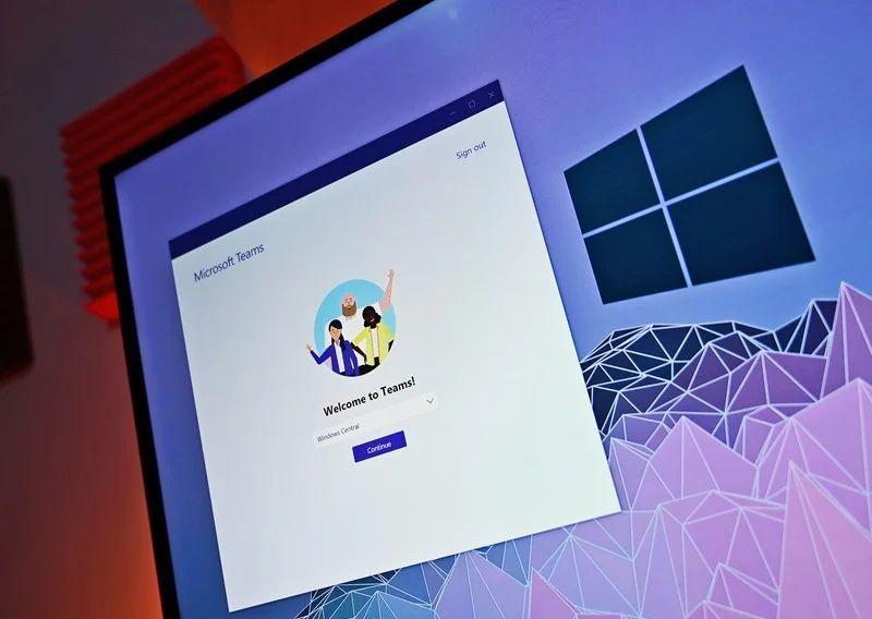 Microsoft Teams, bilgisayarda aynı anda iki hesabı kullanmayı kolaylaştırır