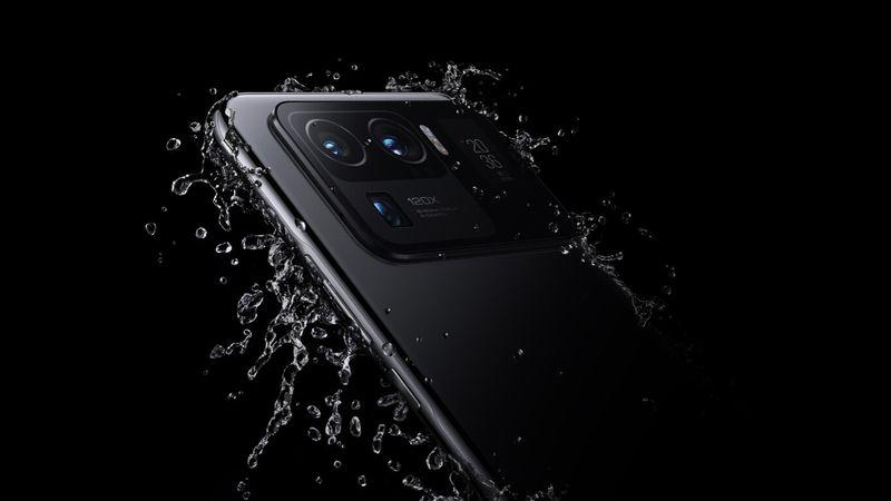 Akıllı telefon suya düşerse ne yapmalı?