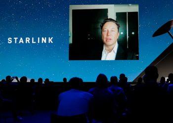 Elon Musk, Ağustos 2021'e kadar Starlink ile küresel internet kapsama alanı vaat ediyor