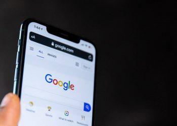 Google, arama motorunu yeni haberler hakkında bir uyarı ile güncelliyor