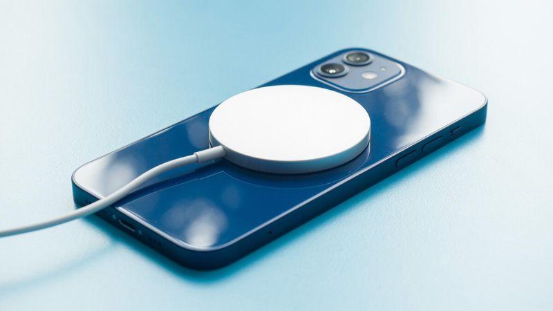 iPhone 13 hızlı şarj özelliği bekleneni verebilecek mi?