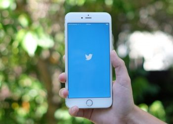 Twitter sesli tweet'ler için otomatik altyazılar getiriyor