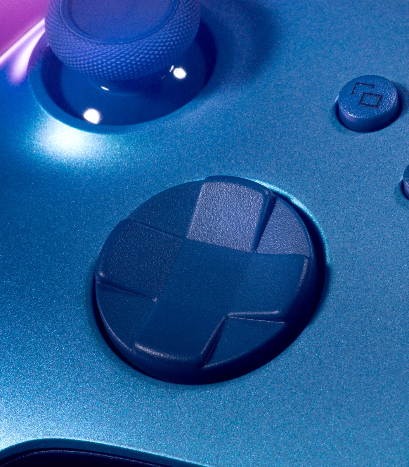 Microsoft yeni Xbox kumandasını tanıttı: Aqua Shift Special Edition