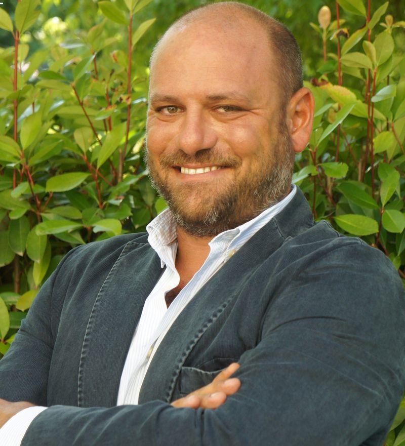Emre Başkan, Azor Brand & People Solutions Kucusu