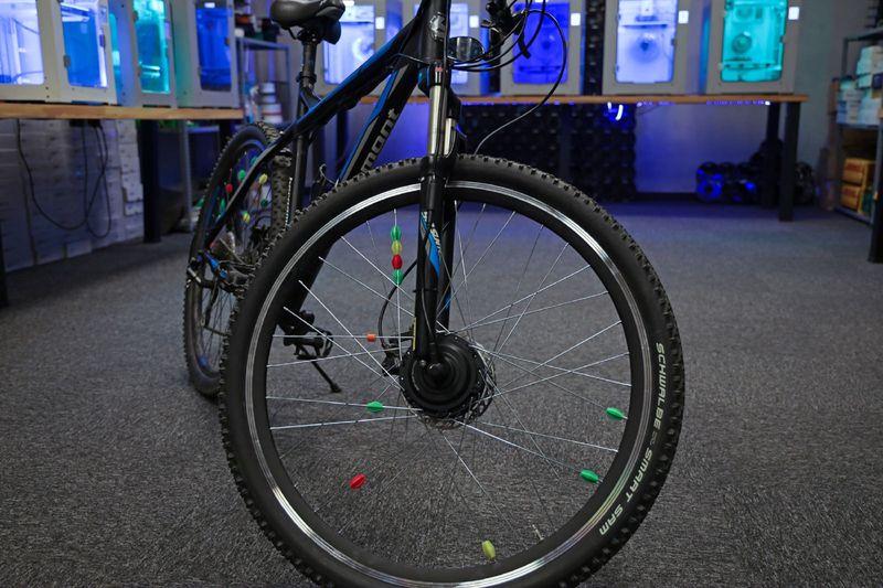 Klasik bisikletler Zaxe ve Byqee iş birliği ile elektrikli bisikletlere dönüşüyor