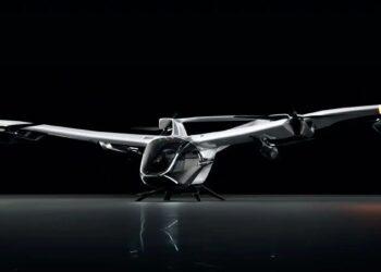 Airbus'ın uçan araba prototipi: CityAirbus