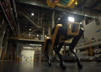 Boston Dynamics Spot yeni bir iş buldu: Fabrika güvenlik müfettişi